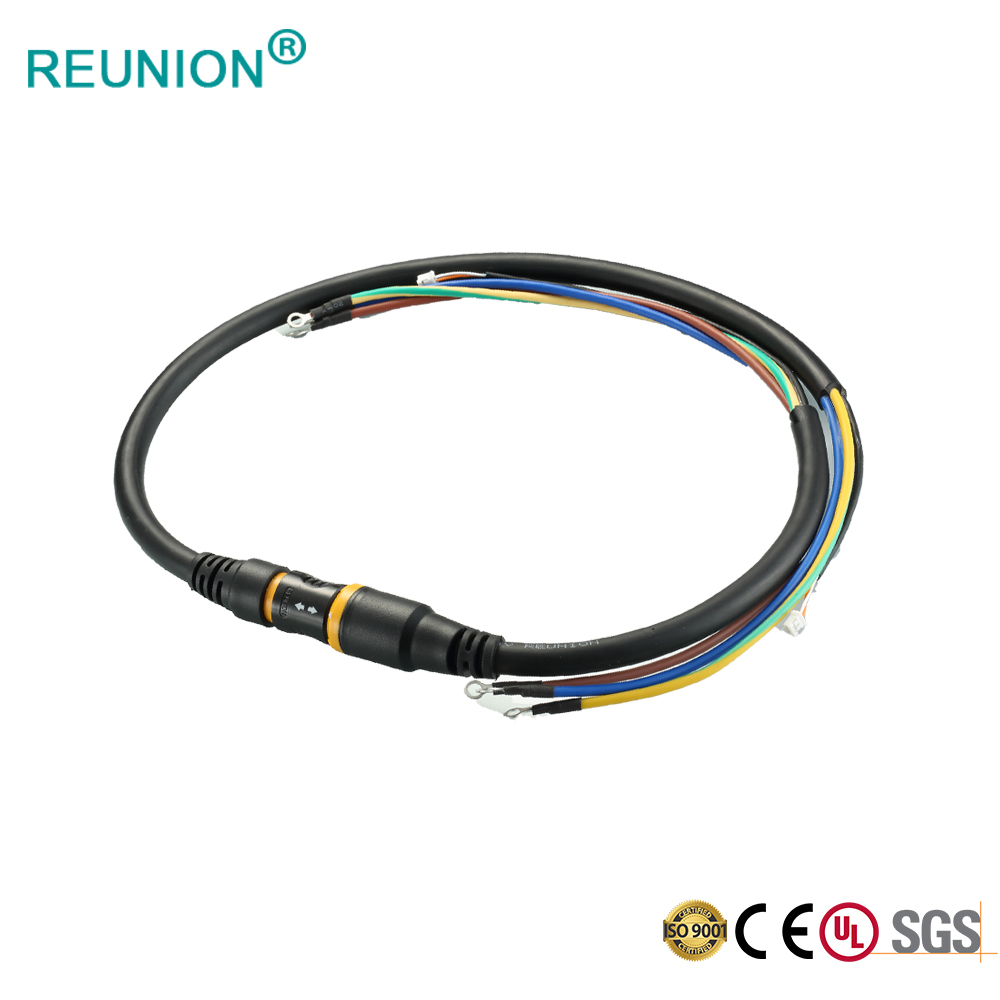 9Pin Power Connectors from REUNION Connectors using for Medical Applications